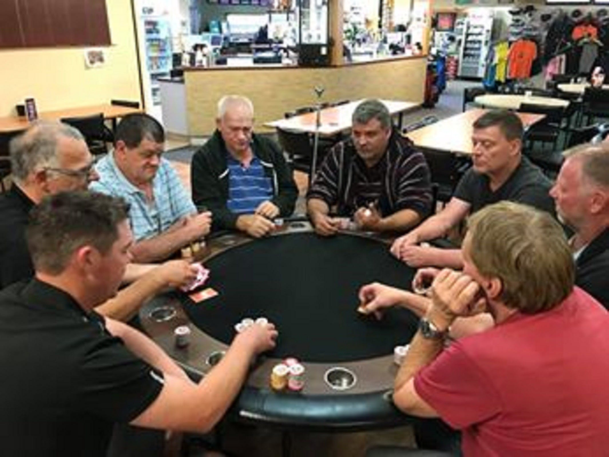 Numurkah Golf and Bowls Club - Poker Wednesday - Broome Tourism