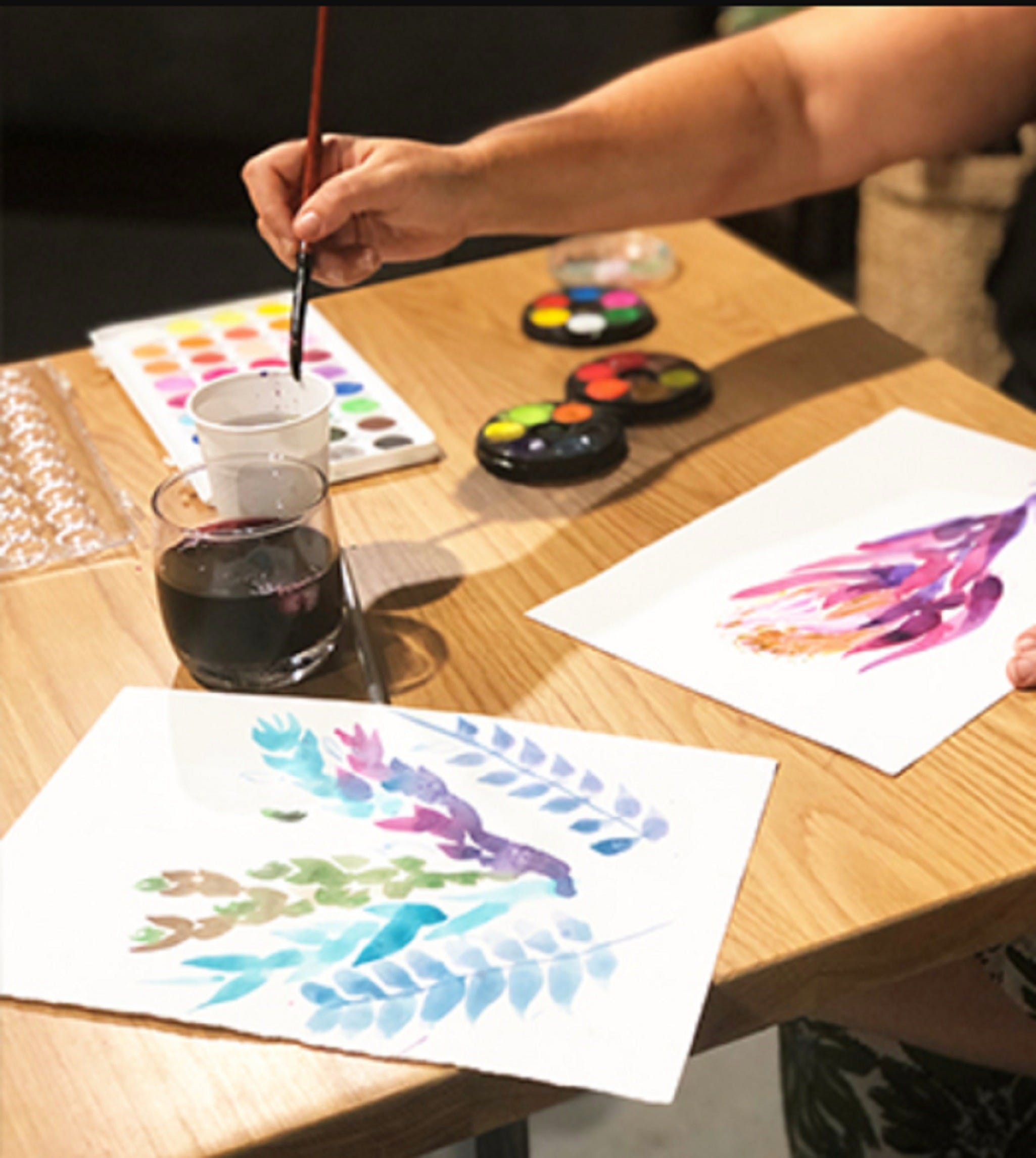 Paint and Sip Class Watercolour and Wine - Broome Tourism