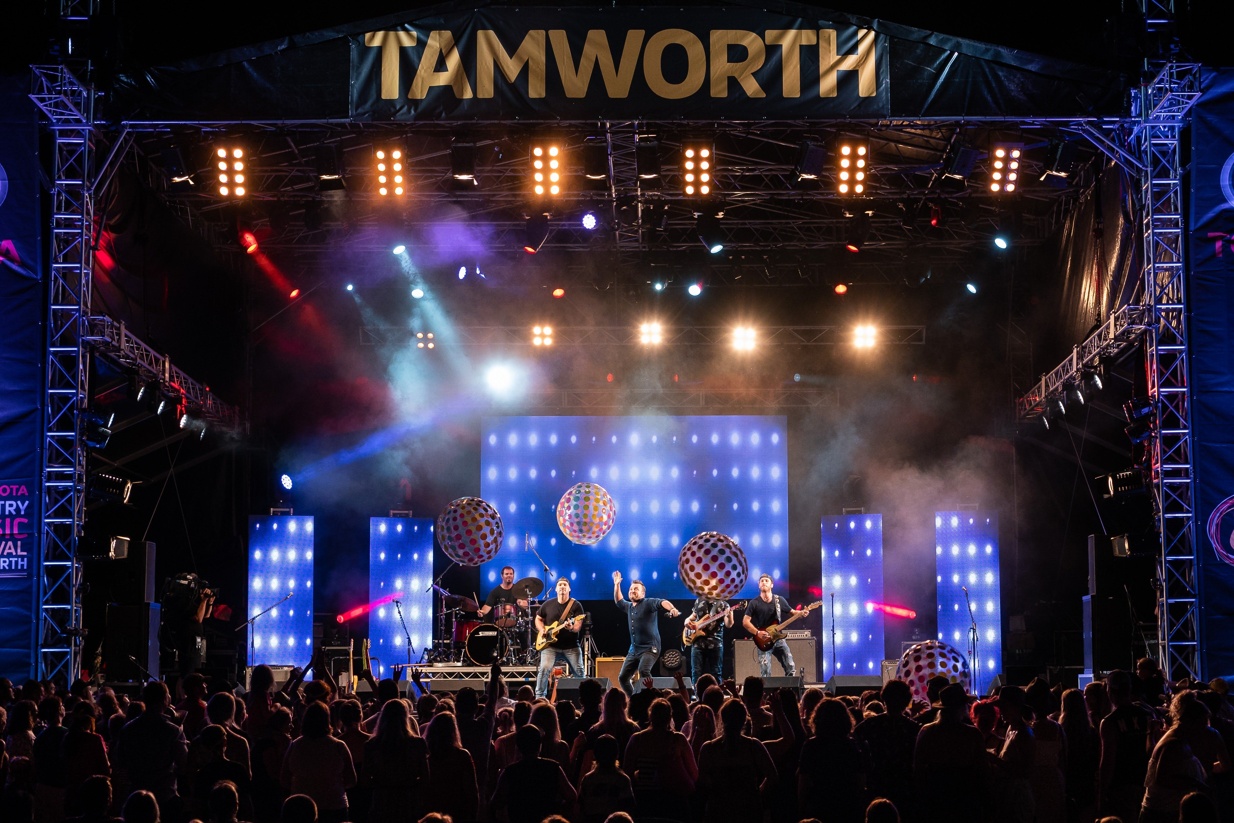Toyota Country Music Festival Tamworth - Broome Tourism