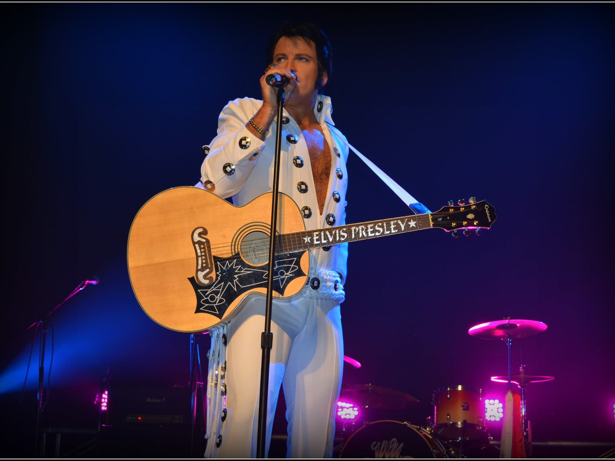Elvis Forever - Damian Mullin 'Up Close and Personal' - Broome Tourism