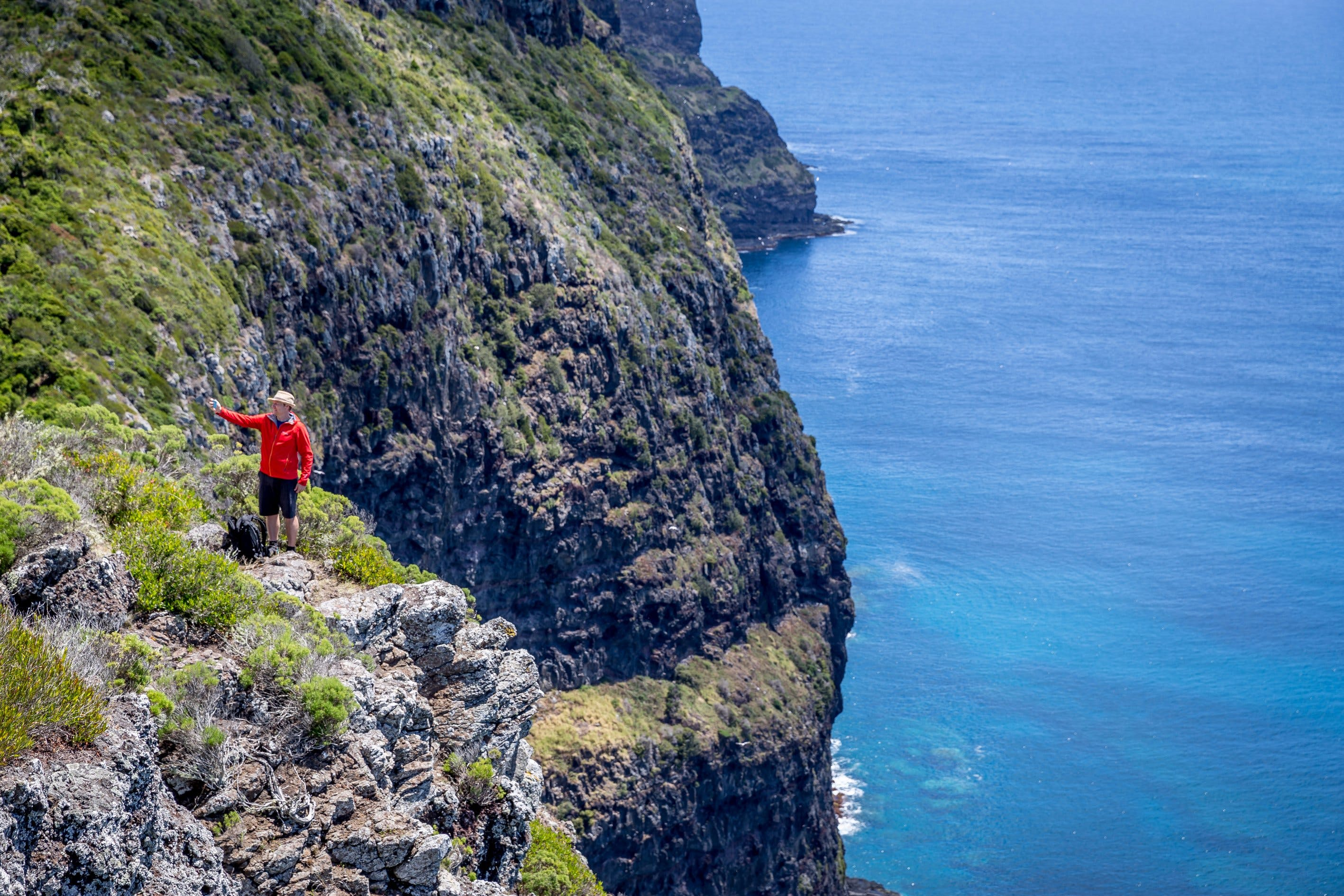 Seven Peaks Walk at Pinetrees Lord Howe Island - Broome Tourism