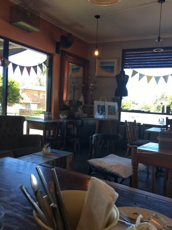 Two Birds Gallery Cafe - Broome Tourism
