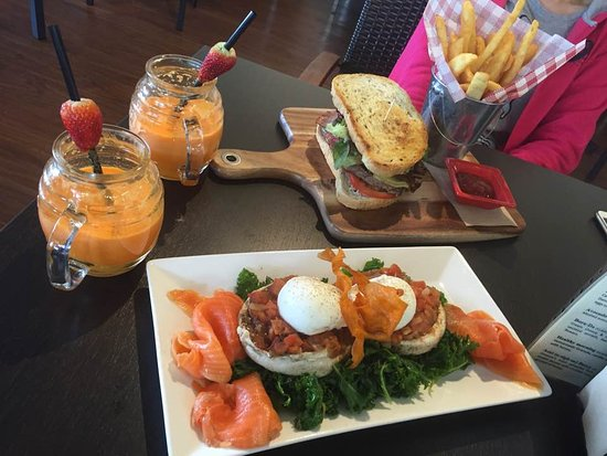 Aliza's Place Cafe - Broome Tourism