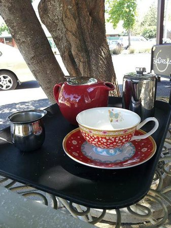 Violet Town Cafe - Broome Tourism