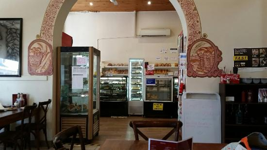 Country Cob Bakery - Broome Tourism