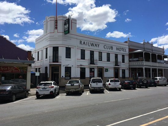 Railway Club Hotel - Broome Tourism