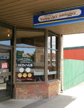 Beaufort Bakery - Broome Tourism
