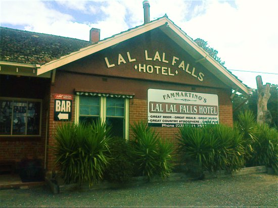 Lal Lal Falls Hotel - Broome Tourism