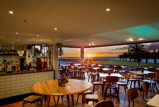 Penny Whistlers Cafe - Broome Tourism