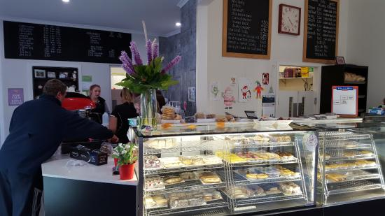 Tumut's Pie in the Sky Bakery - Broome Tourism