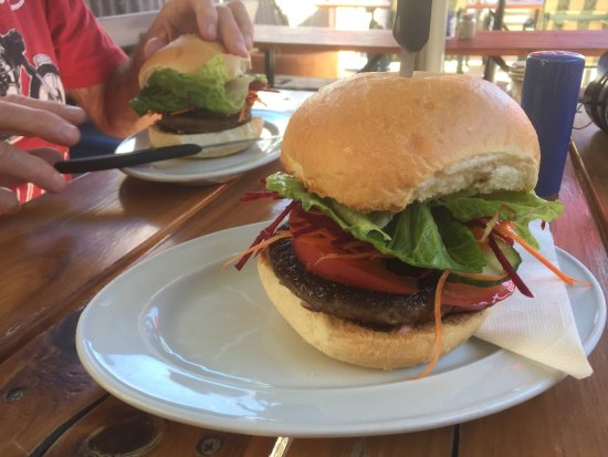 Mart's Cafe - Broome Tourism