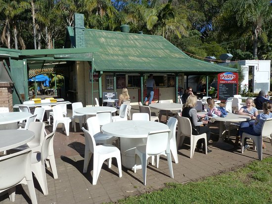 Stanwell Park Beach Kiosk - Broome Tourism