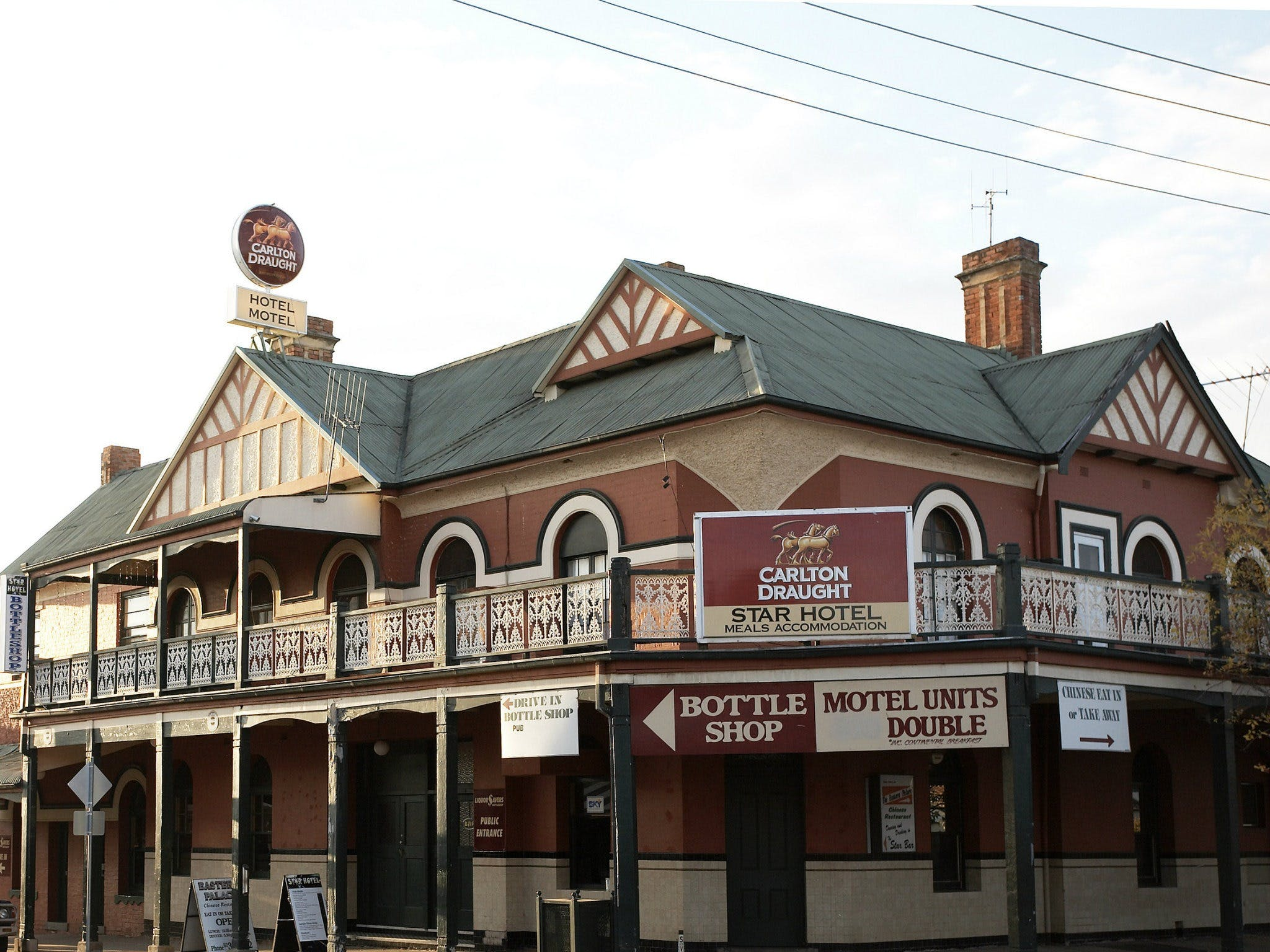 Star Hotel Ruthergen - Broome Tourism
