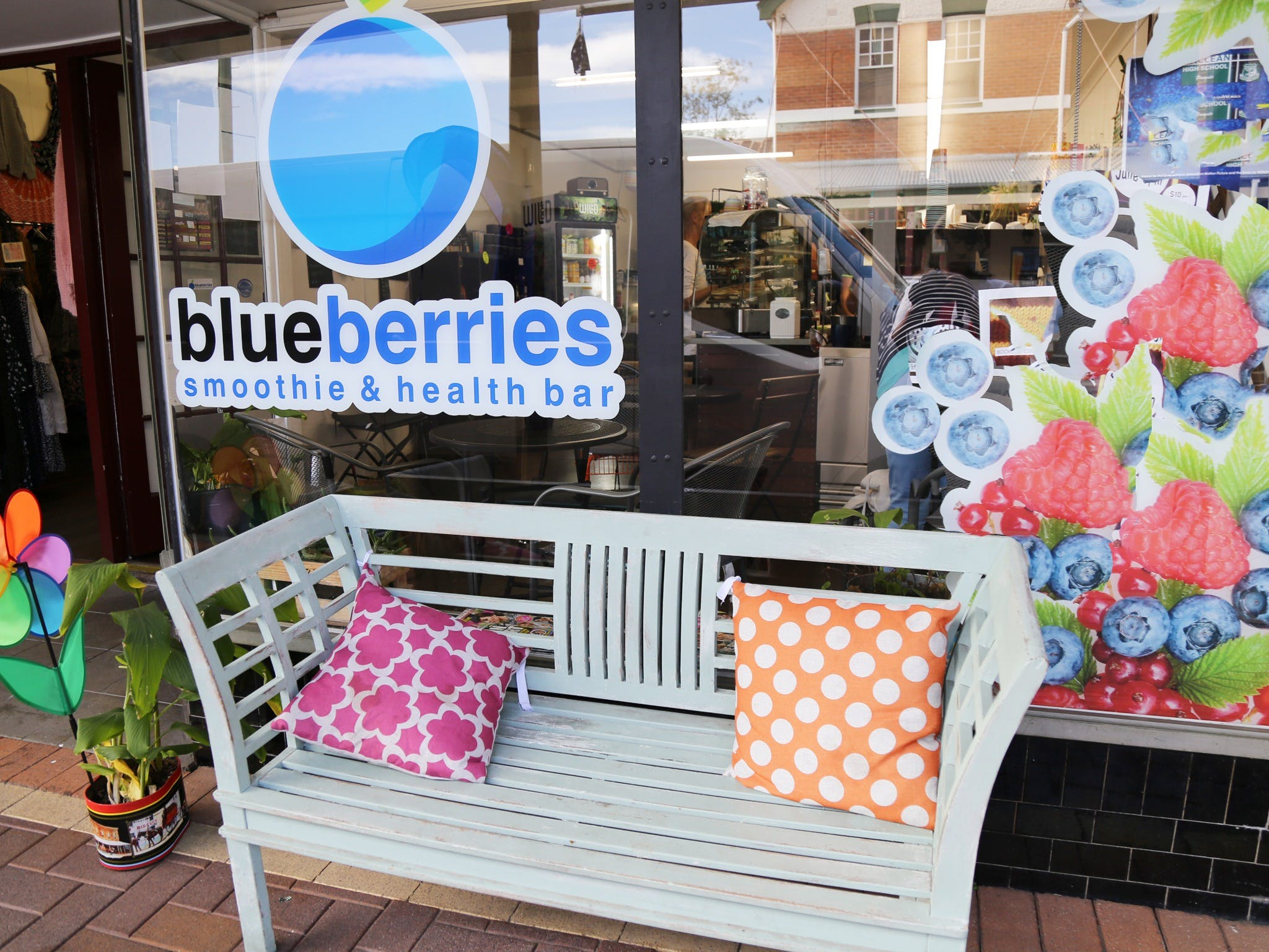 Blueberries Smoothie and Health Bar - Broome Tourism