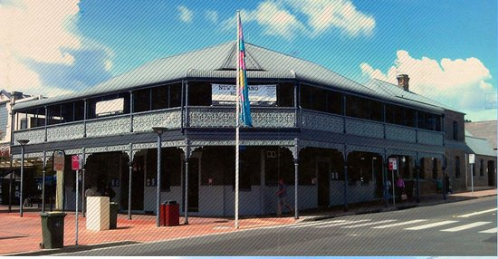 The New England Hotel - Broome Tourism