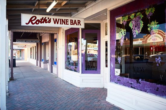 Roth Wine Bar - Broome Tourism