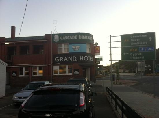 Grand Hotel - Broome Tourism