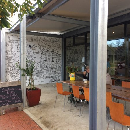 Cygnet Woodfired Bakehouse - Broome Tourism