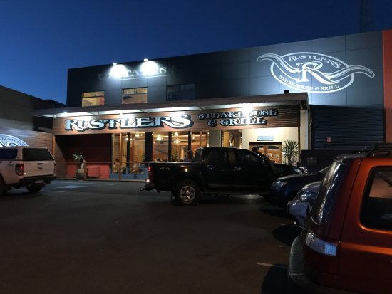 Rustlers Steakhouse and Grill - Broome Tourism