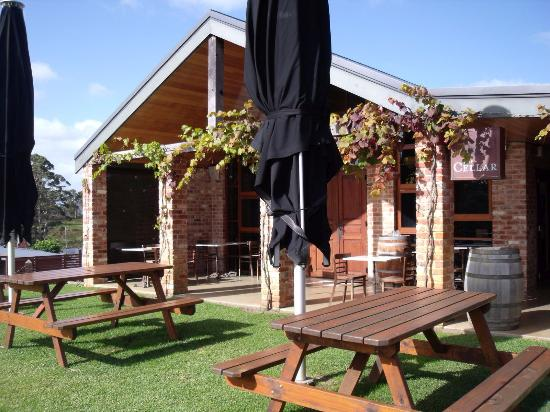 Singlefile Winery Restaurant - Broome Tourism