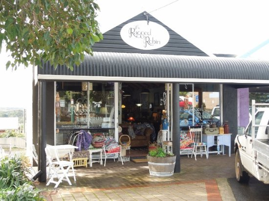 The Ragged Robin - Broome Tourism
