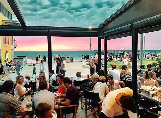 Bacchus Wine Bar - Broome Tourism