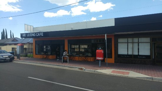 Mr Leeing's Cafe - Broome Tourism