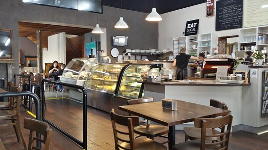 D  M's Bakery Cafe - Broome Tourism