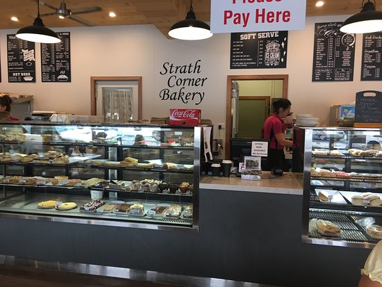 Strath Corner Bakery - Broome Tourism