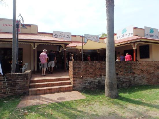 The Palms Cafe - Broome Tourism