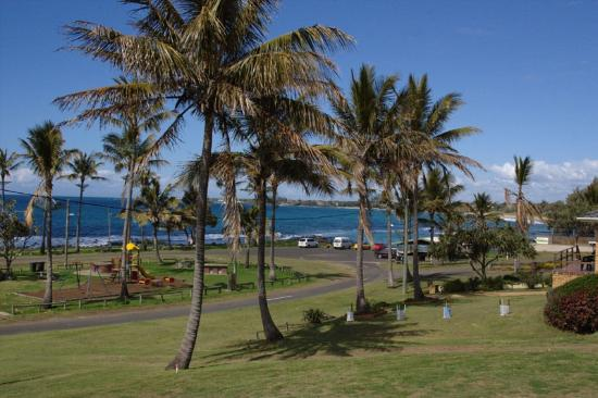 Bargara Golf Club - Broome Tourism