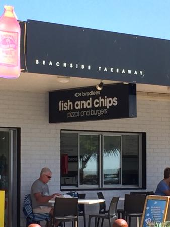 Bradlee's Beachside Takeway - Broome Tourism