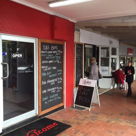 Fox and Hound Espresso - Broome Tourism