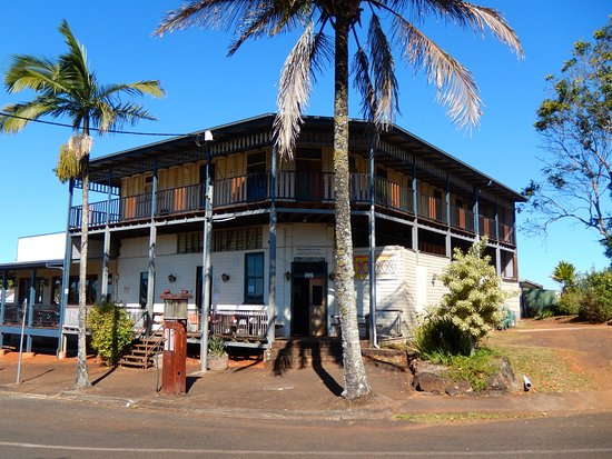 Peeramon Hotel - Broome Tourism