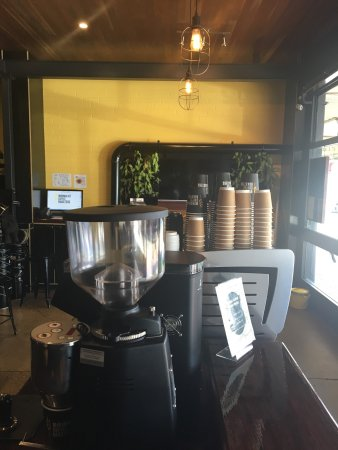Minimalist Coffee Roasters - Broome Tourism