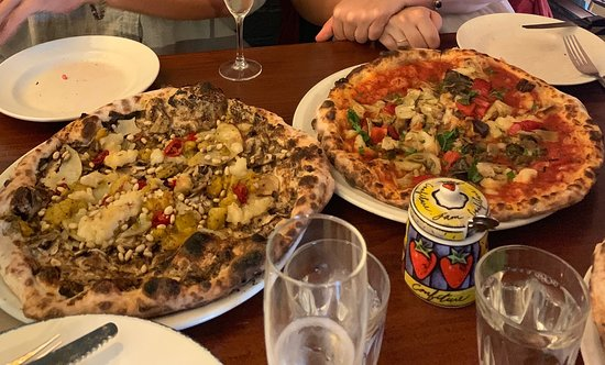 Pizza Farro - Broome Tourism