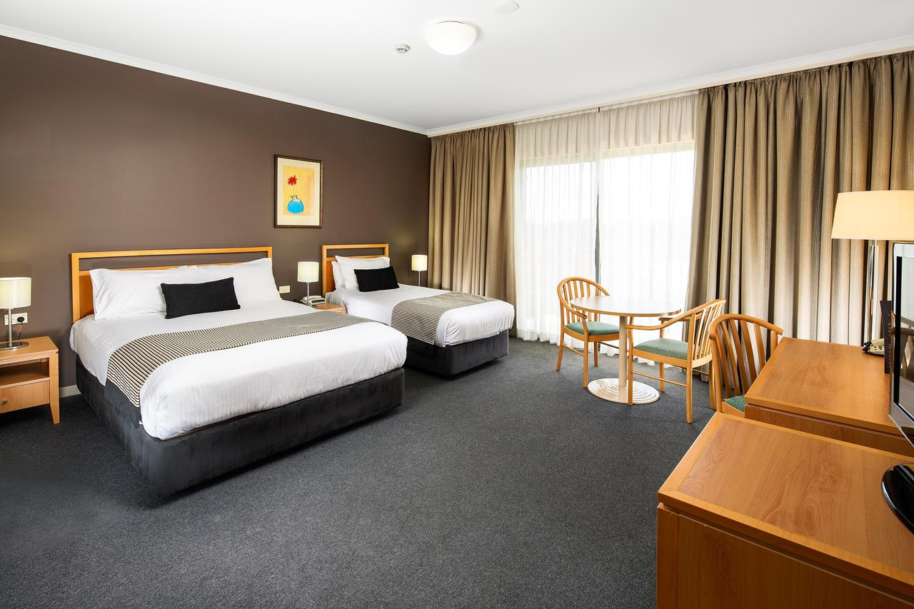 The Woden Hotel - Broome Tourism