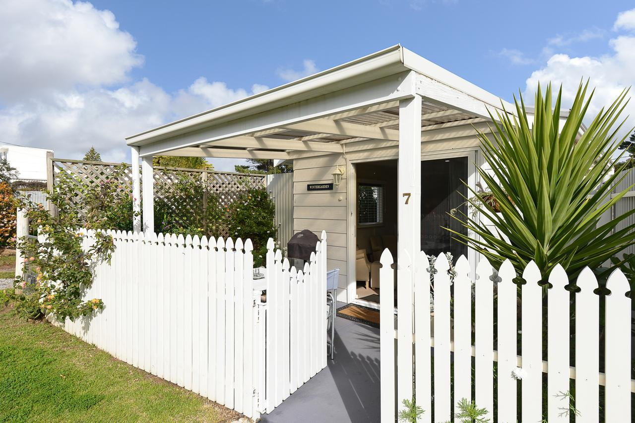 Wintergarden Beach Cabin - Broome Tourism