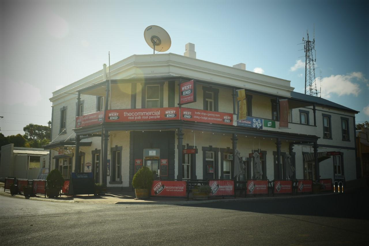Commercial Hotel Morgan - Broome Tourism