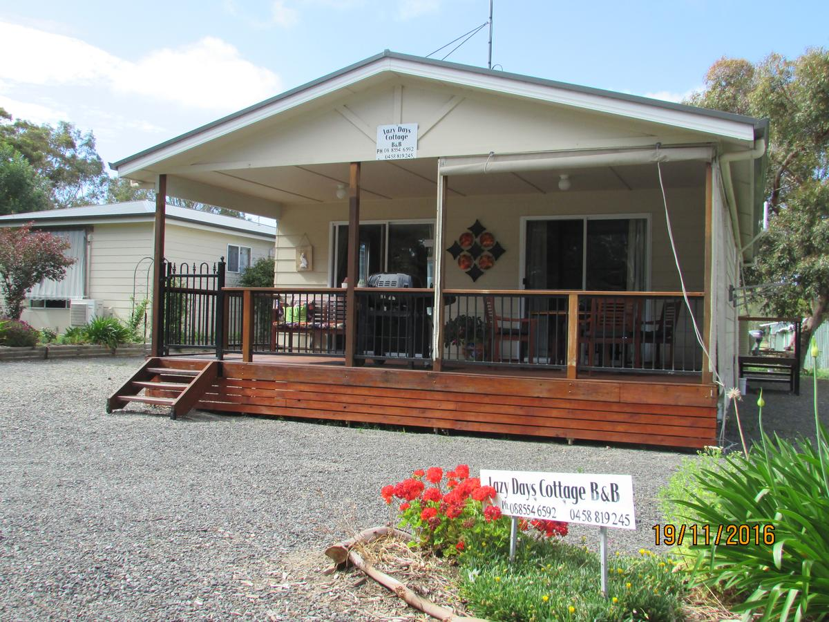 Lazy Days Bed Breakfast Cottage - Victor Harbor - Broome Tourism