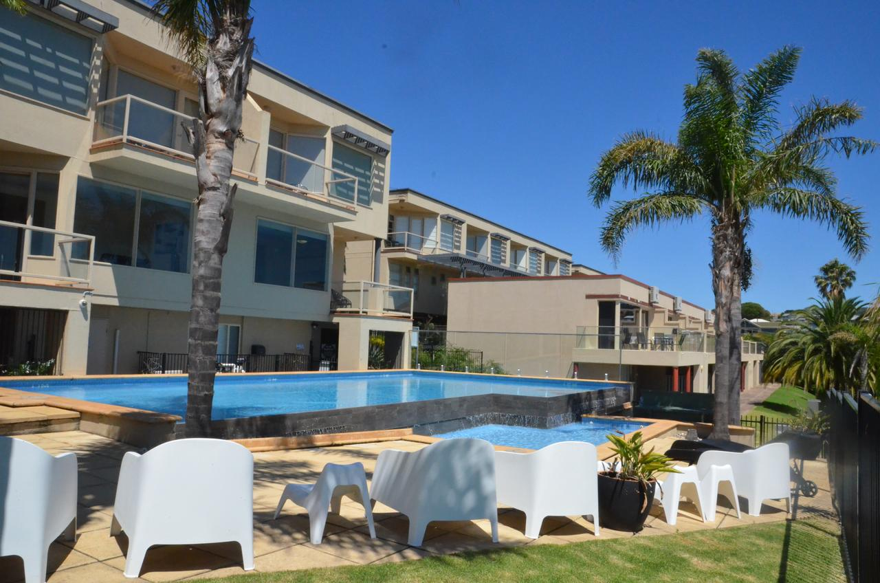 The Bluff Resort Apartments - Broome Tourism