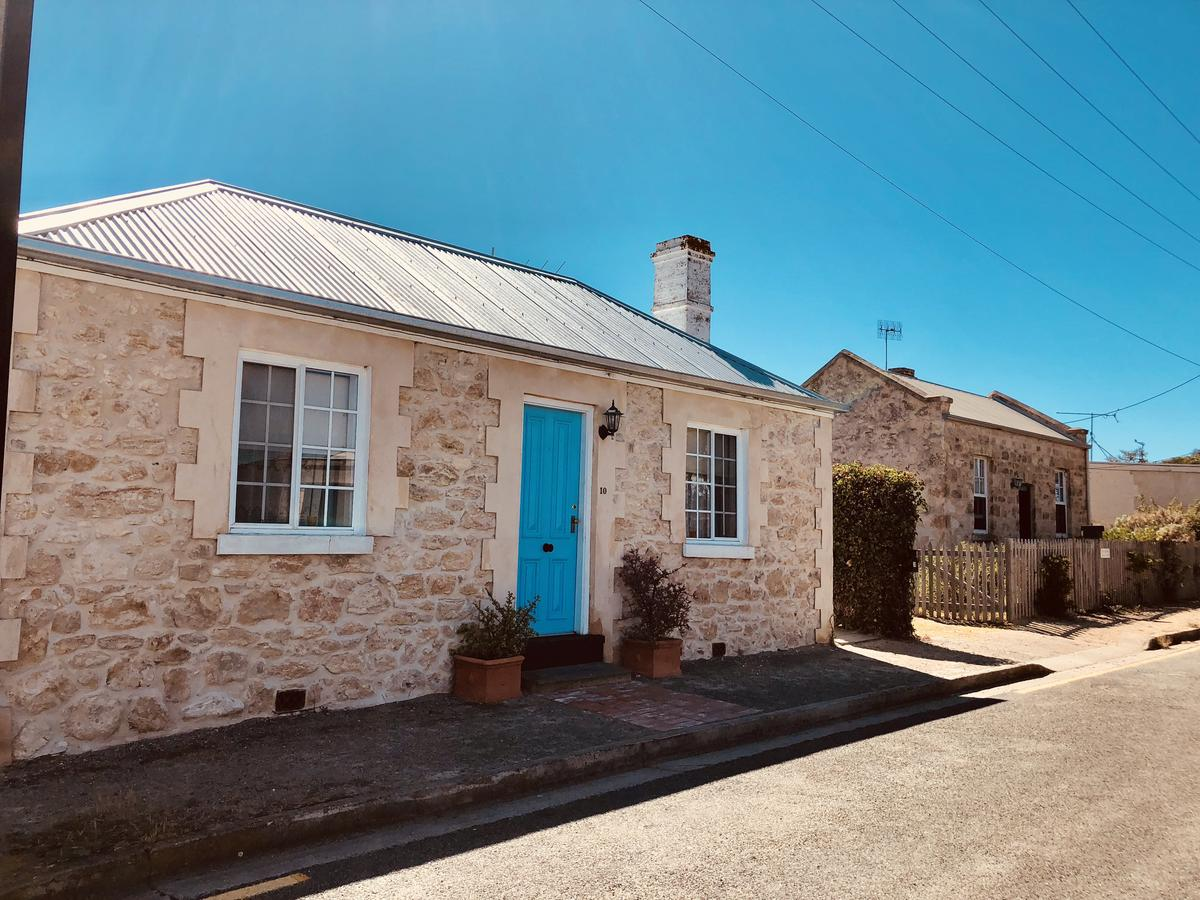 Goolwa Mariners Cottage - Free Wifi and Pet Friendly - Centrally located in Historic Region - Broome Tourism