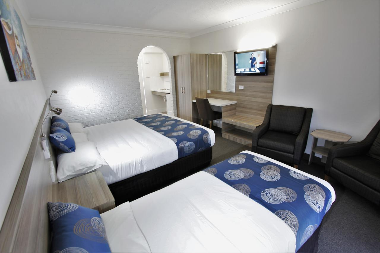 Aston Motel Yamba - Broome Tourism