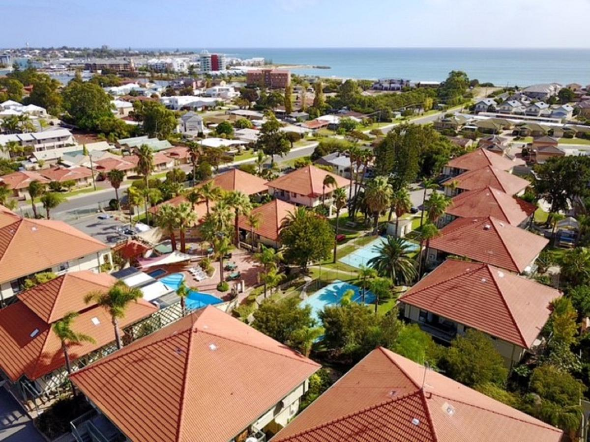 Mandurah Family Resort - Broome Tourism