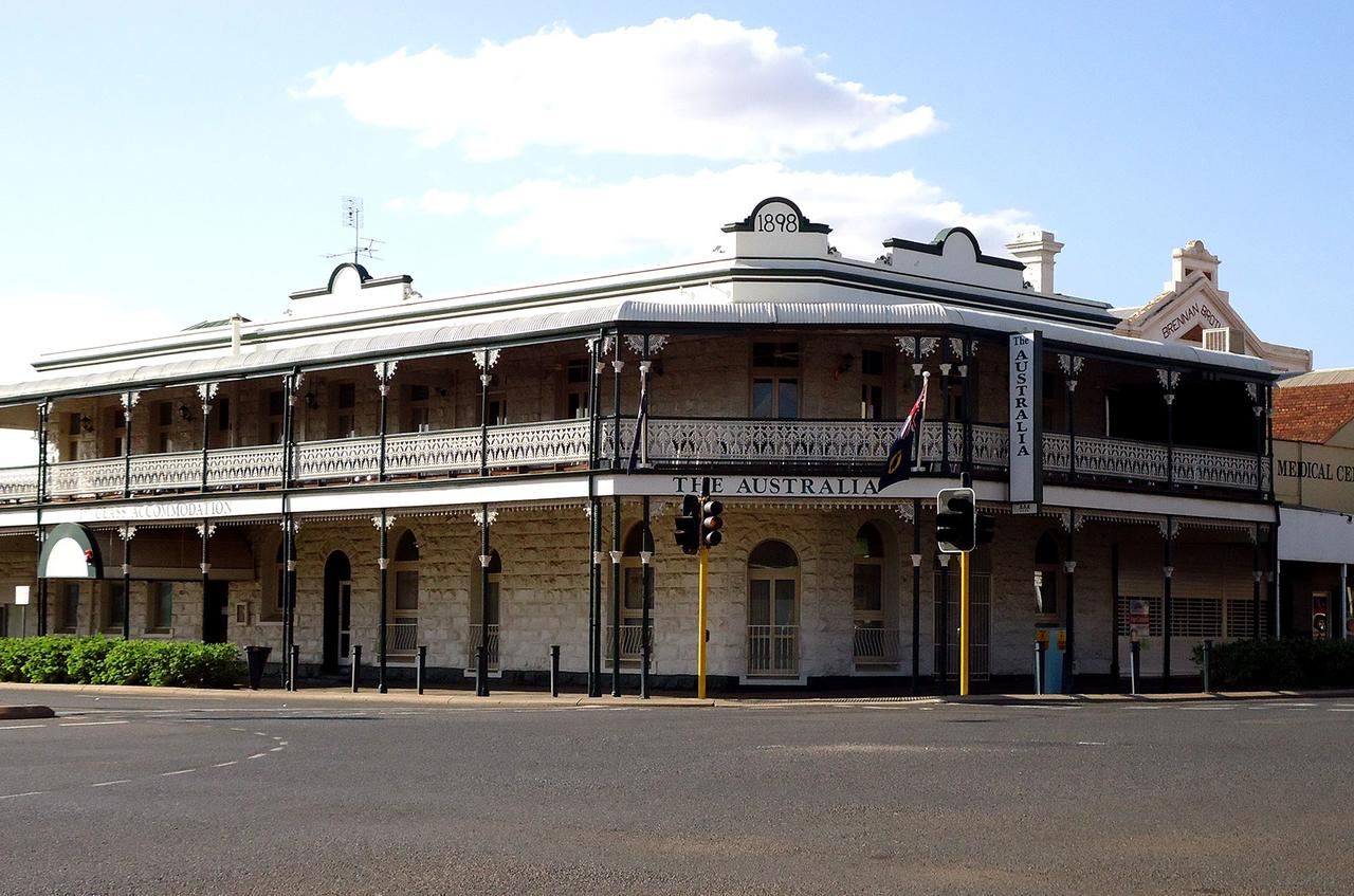 The Palace Hotel Kalgoorlie - Broome Tourism