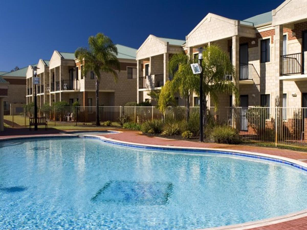 Country Comfort Perth - Broome Tourism