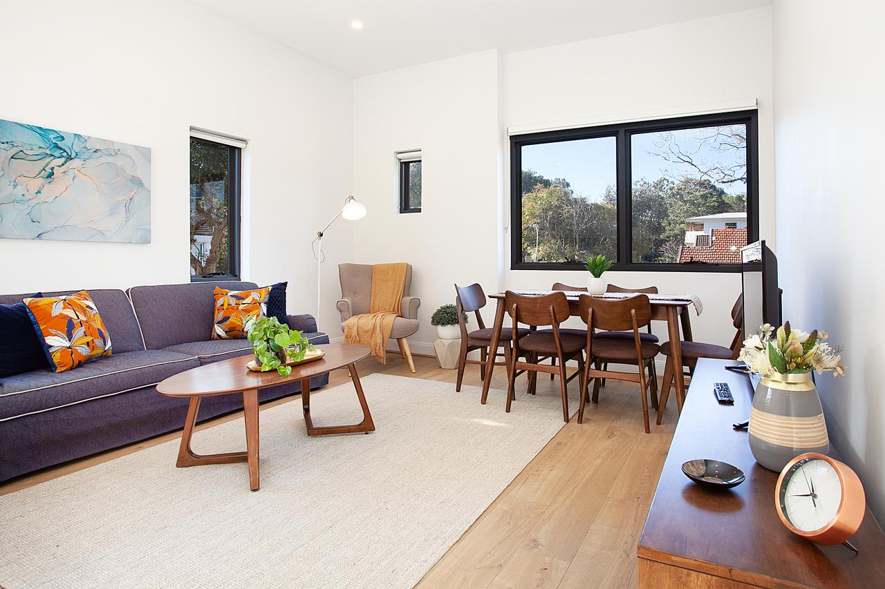Stylish Apartment With Garage Near Bondi Beach - Broome Tourism