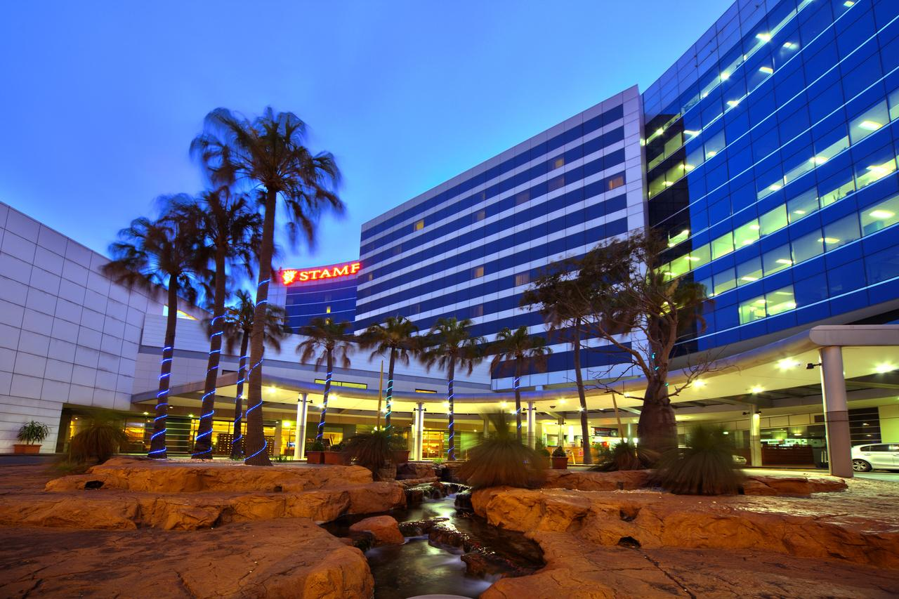 Stamford Plaza Sydney Airport Hotel  Conference Centre - Broome Tourism