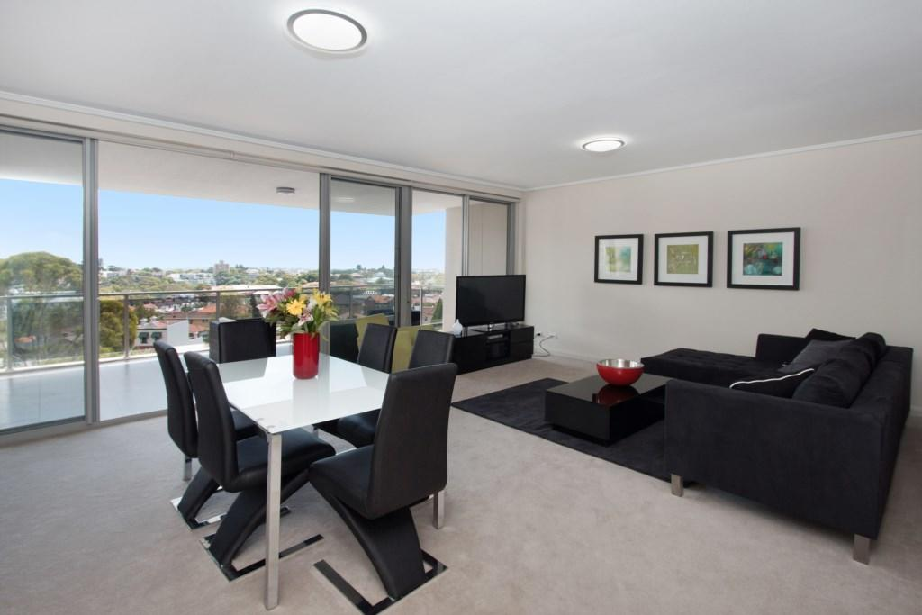 The Junction Palais - Modern and Spacious 2BR Bondi Junction Apartment Close to Everything - Broome Tourism
