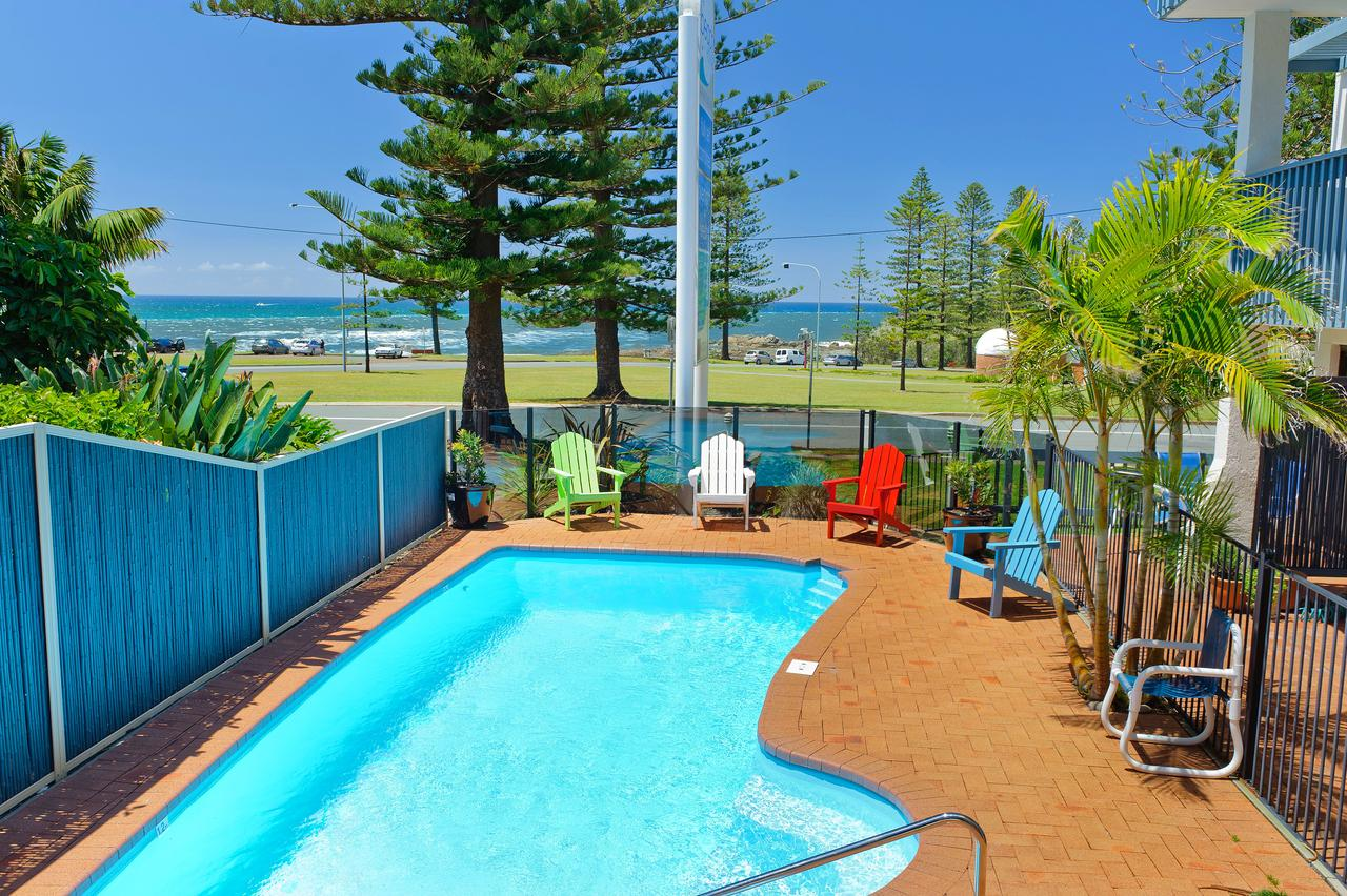 Beach House Holiday Apartments - Broome Tourism